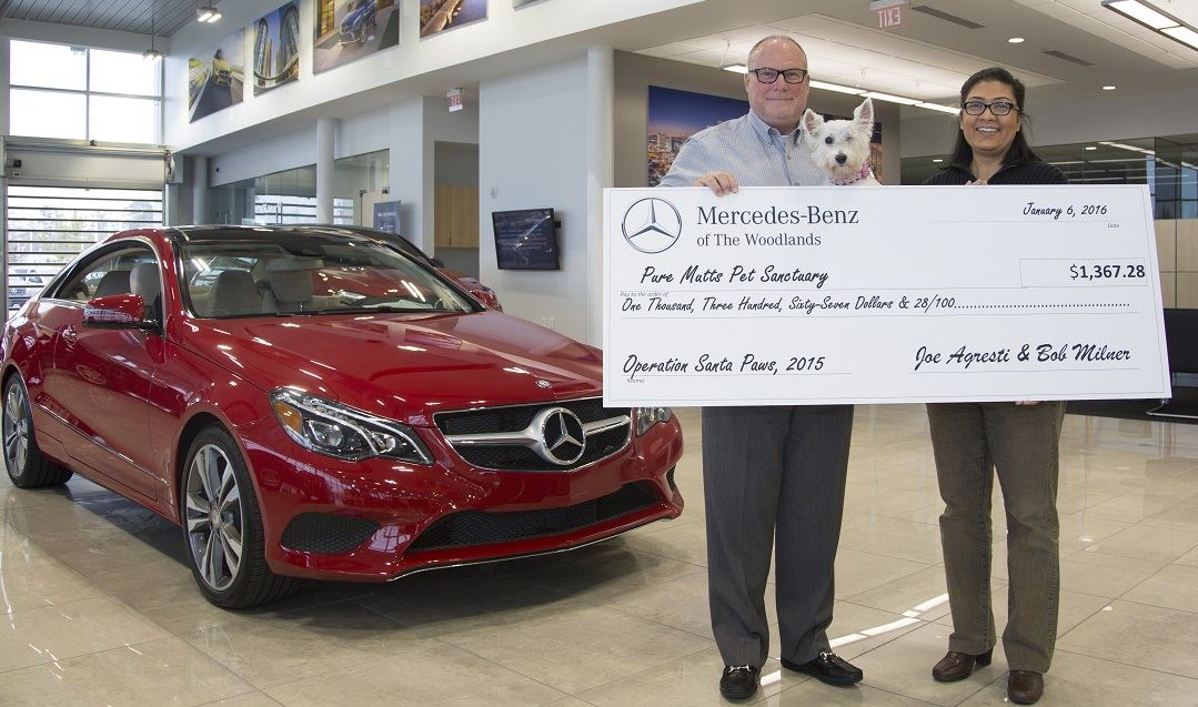 Mercedes benz of the woodlands gives sizable donation to for Mercedes benz of the woodlands